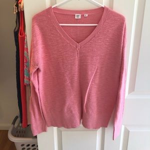 Gap pink sweater, size medium